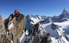 300.000 euros de multa y hasta dos años de cárcel por plantar una tienda en el Mont Blanc