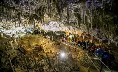 Turismo incluye una nueva visita minera dentro de la oferta del 'Territorio Soplao'