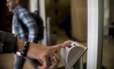 Inspectores de Trabajo ya comprueban 'in situ' el registro del control horario