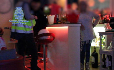 La Policía Nacional detiene a 21 miembros de una red de explotación sexual en Marbella
