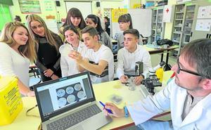 Científicos del 'Fora' buscan bacterias
