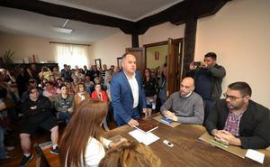 El regionalista Víctor Reinoso comienza su segunda legislatura como alcalde de Cabezón de la Sal