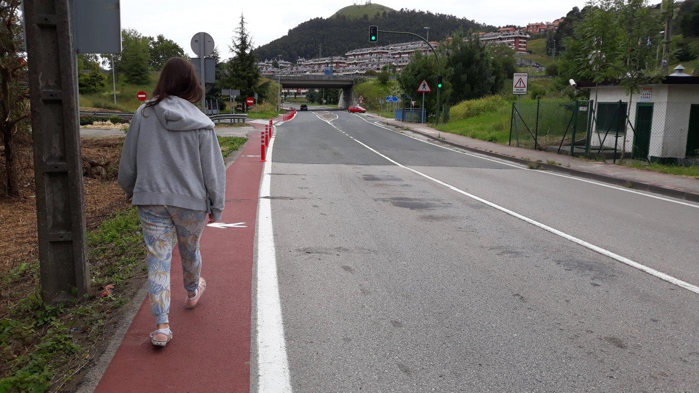 Castro Urdiales amplía la seguridad de los peatones y los ciclistas bajo la A-8
