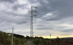 La torre, en medio