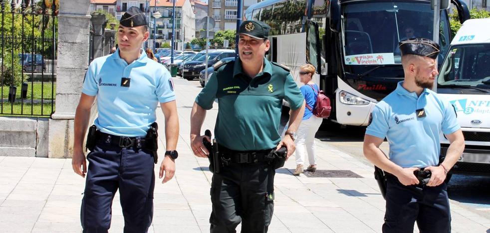 Guardias civiles y gendarmes franceses patrullarán juntos en Laredo y Castro Urdiales
