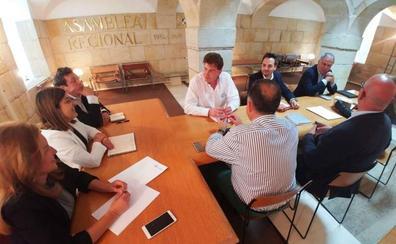 Sáenz de Buruaga será la portavoz del grupo popular en el Parlamento de Cantabria