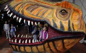 Un Tyrannosaurus Rex en el Palacio de Exposiciones