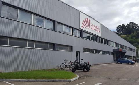La compañía Hitachi Automotiv comprará la fábrica Chassis Brakes de San Felices de Buelna