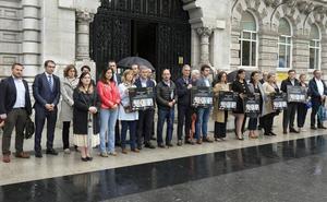 Santander guarda un minuto de silencio en recuerdo de la mujer asesinada en Córdoba