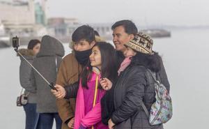 El turista español deja atrás la crisis y cada vez gasta más en Cantabria