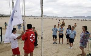 Cruz Roja es la única entidad que opta a gestionar el servicio de socorrismo de Laredo