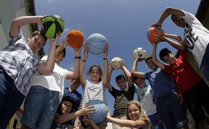 Siete colegios de Torrelavega abrirán sus puertas durante las vacaciones de verano