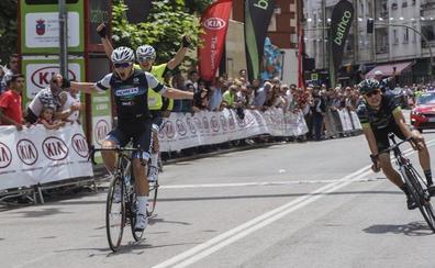 Carlos Rodríguez sentencia a lo grande su triunfo en la Vuelta al Besaya