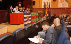 Peláez dice que la petición de elecciones de Siro del Barrio «no es jurídicamente viable»