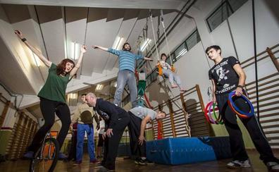 La Escuela de Circo de Torrelavega representará a Cantabria en festival de Bocairent