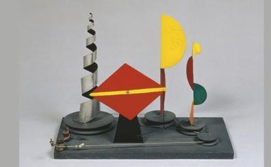 El Centro Botín desnuda la obra de Calder a través de historias apasionantes y poco conocidas