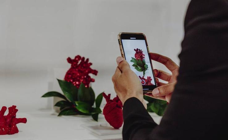 El arte conceptual del 'instagramer' Sheiku se expone en Arnuero