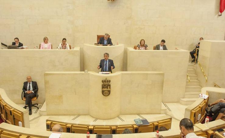 Revilla, elegido presidente de Cantabria