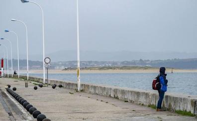 El Puerto da permiso al Club Marítimo para instalar un pantalán flotante al sur de la dársena de Molnedo