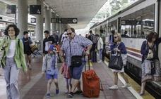 El primer tren playero procedente de Valladolid llegará a Santander el día 6 de julio