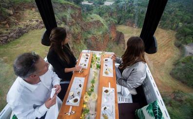 Sergio Bastard vuelve a adjudicarse las cenas en las telecabinas del Parque de la Naturaleza de Cabárceno