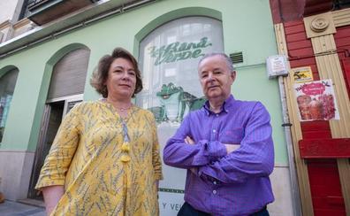 Una jubilación brava y atómica para los dueños de La Rana Verde