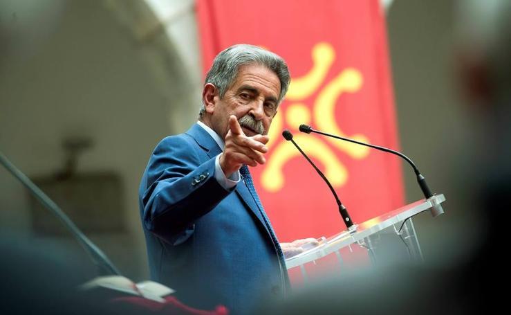 Toma de posesión de Miguel Ángel Revilla como presidente de Cantabria