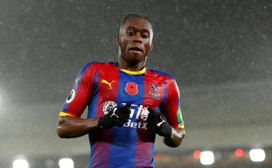 El Manchester United firma al lateral Wan-Bissaka por 56 millones