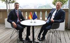 Sánchez inicia con Tusk los contactos previos a la cumbre de para el reparto de altos cargos de la UE