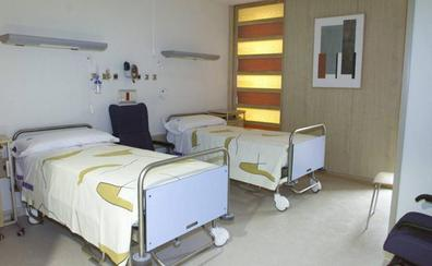 El Sindicato de Enfermería denuncia el cierre de 30 camas de hospital en la región este verano