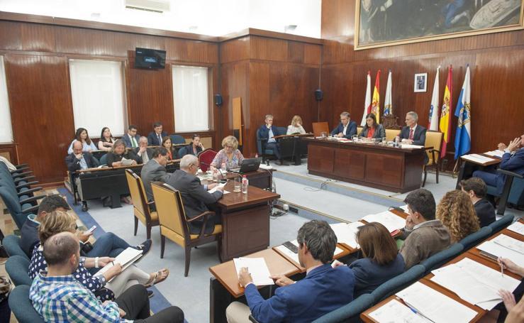 Santander celebra el primer pleno de la legislatura