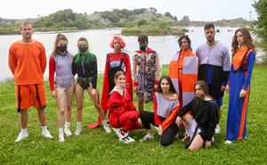 La joven diseñadora de Ajo Andrea Martínez Bárcena debuta con la colección 'Éxtasis'