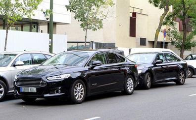 El sector del taxi exige al Gobierno la regulación urgente de los VTC de Cabify