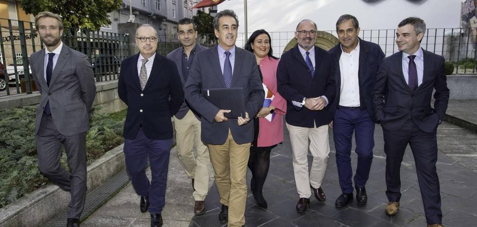 Martín mantendrá a todo su equipo y plantea poner a Bocanegra en Sodercán
