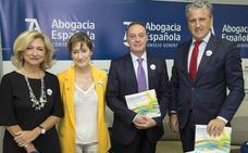 Cada ciudadano destina cinco euros a la Justicia Gratuita, que tramitó 1,9 millones de asuntos el pasado año