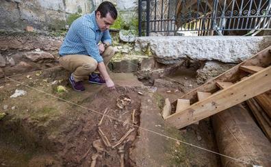 La excavación en la catedral destapa la cabecera primigenia de la Iglesia del Cristo