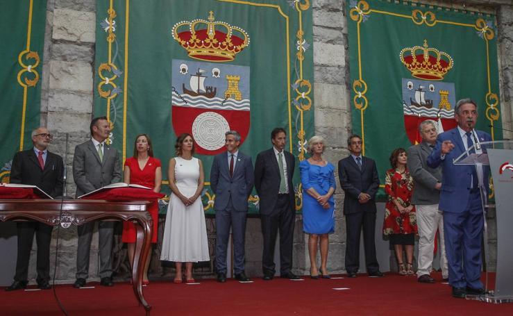 Toma de posesión del nuevo Gobierno de Cantabria