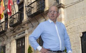 «El puerto deportivo y la Casa Pozo serán una realidad en breve»