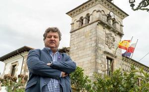 El juez acuerda la apertura de juicio contra el alcalde de Santa María de Cayón por prevaricación