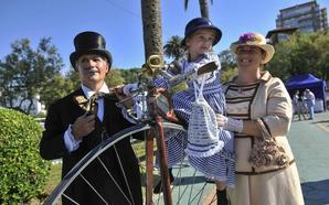 Los Baños de Ola abren sus puertas a vecinos y turistas para rememorar el origen del veraneo