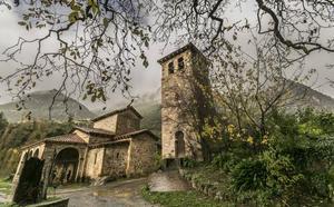 Veinte iglesias y monasterios abrirán sus puertas este verano en Cantabria para visitas guiadas