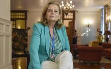 La escritora Carme Riera propone «ver el mundo con ojos maternales»
