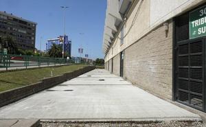 El pavimento del fondo Sur de los campos de sport de El Sardinero concluirá en agosto