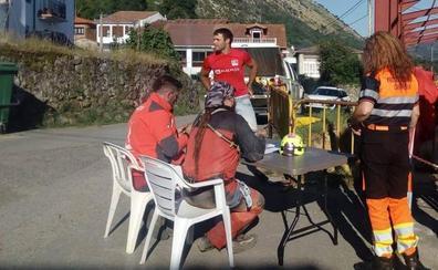 El primer equipo de rescate regresa sin noticias de las espeleólogas desaparecidas