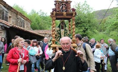 Fallece el sacerdote lebaniego Benito Velarde, un ejemplo de cura rural