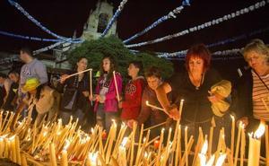 Revilla acoge esta madrugada la romería de las velas y las misas en honor a la Virgen del Carmen
