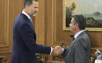 El rey Felipe se reunirá este viernes con Revilla en el Palacio de la Zarzuela