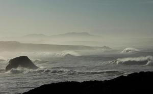 Las series fotográficas de Ana Santamatilde se exponen en Potes y en San Vicente de la Barquera