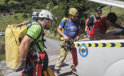 «Los espeleólogos corren riesgos para descubrir cuevas que explotamos todos»
