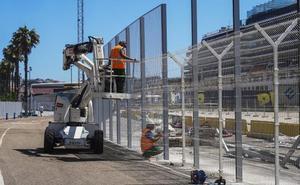 Las obras de la valla del puerto no cierran en verano